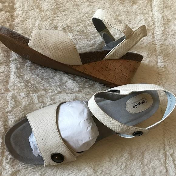 8441e713e310f NEW Softwalk Woman's Jordan Wedge Sandal NWT
